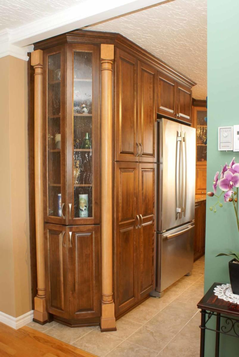 Cuisine avec agencement de couleurs les armoires s guin for Agencement de couleur