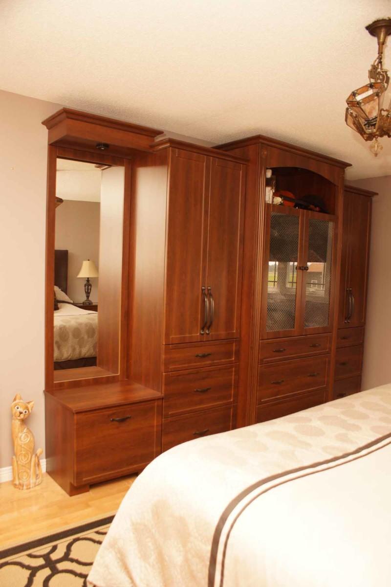 Classic Closet Les Armoires S 233 Guin Cabinets
